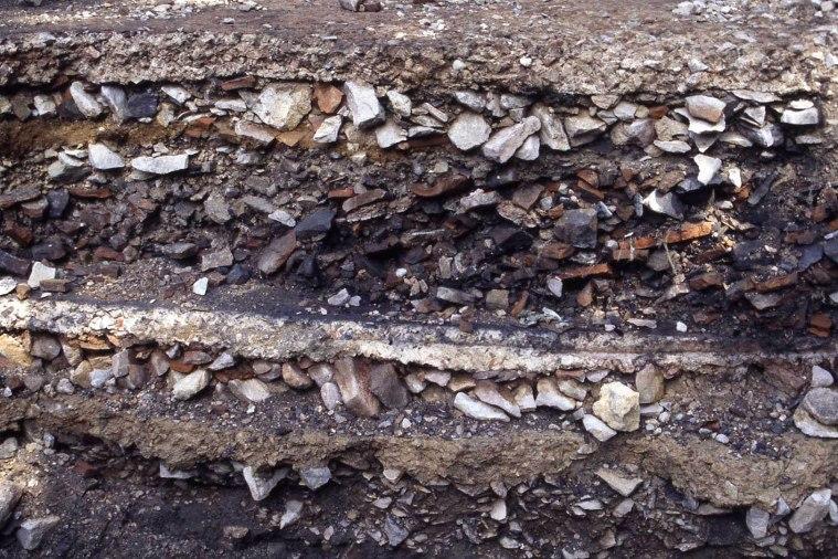 4658_photo_10.2.-detail-stratigraphie (1)