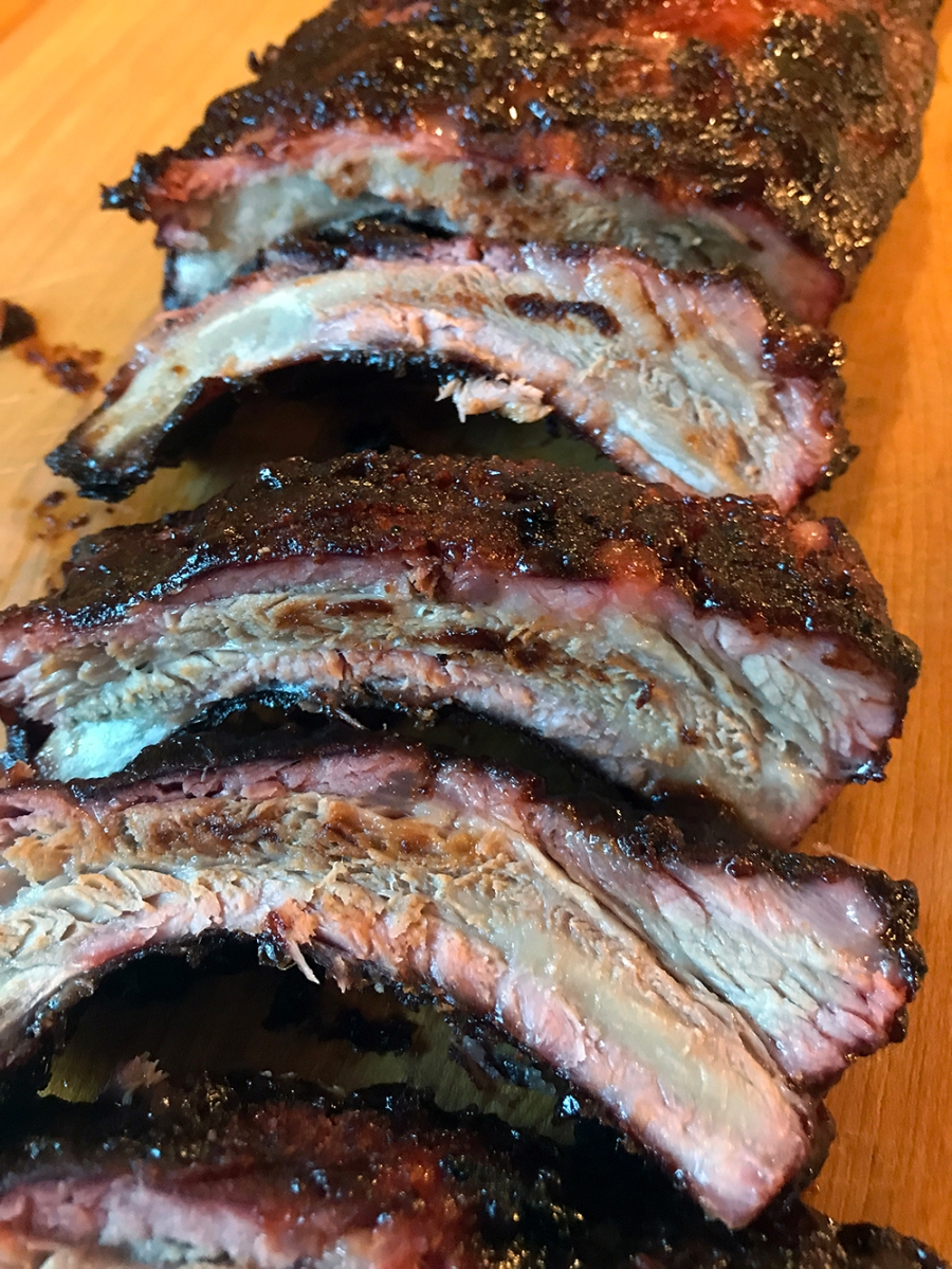 Amazing Bbq Ribs Using A Pit Barrel Cooker Dr Abalone