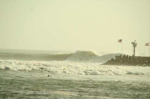 big-wave-sandspit